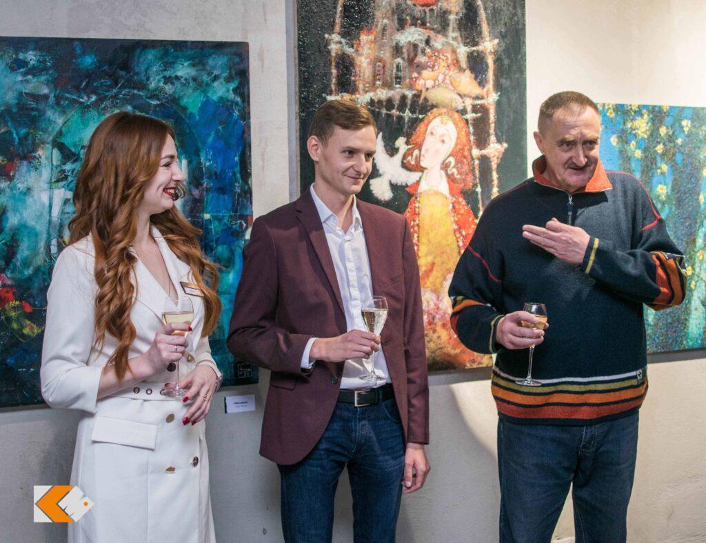 Фотоотчет с открытия выставки «ИЗОляция» Петра Янушкевича в КAZZARMA MALL